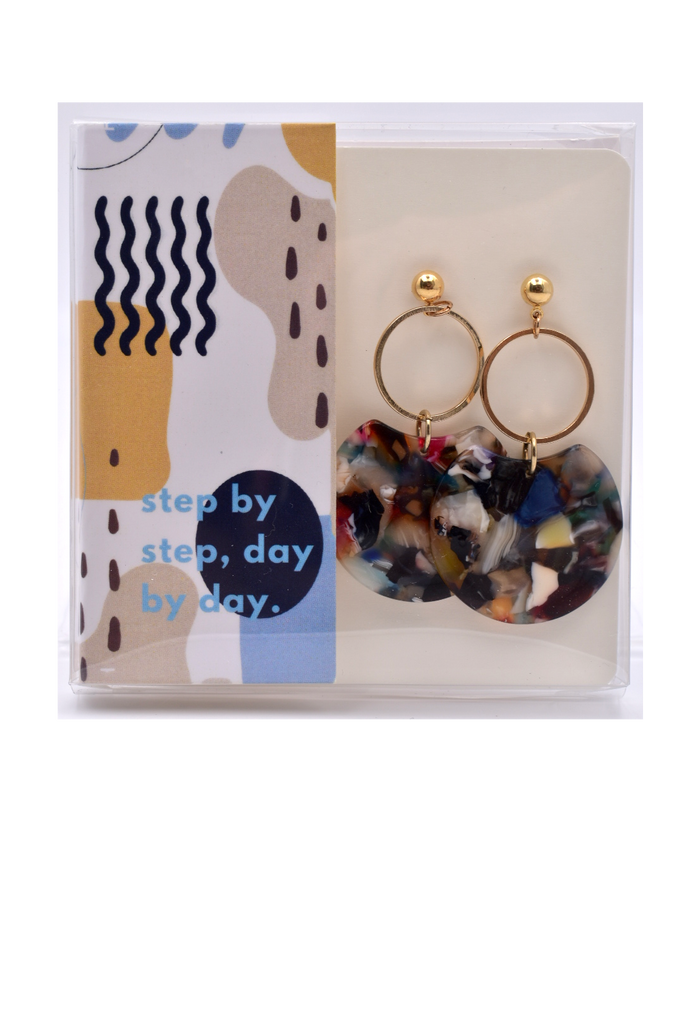 Step by Step Day by Day - Gold Resin Earrings