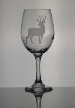 GL005D; 20oz Wine Goblet w/Deer