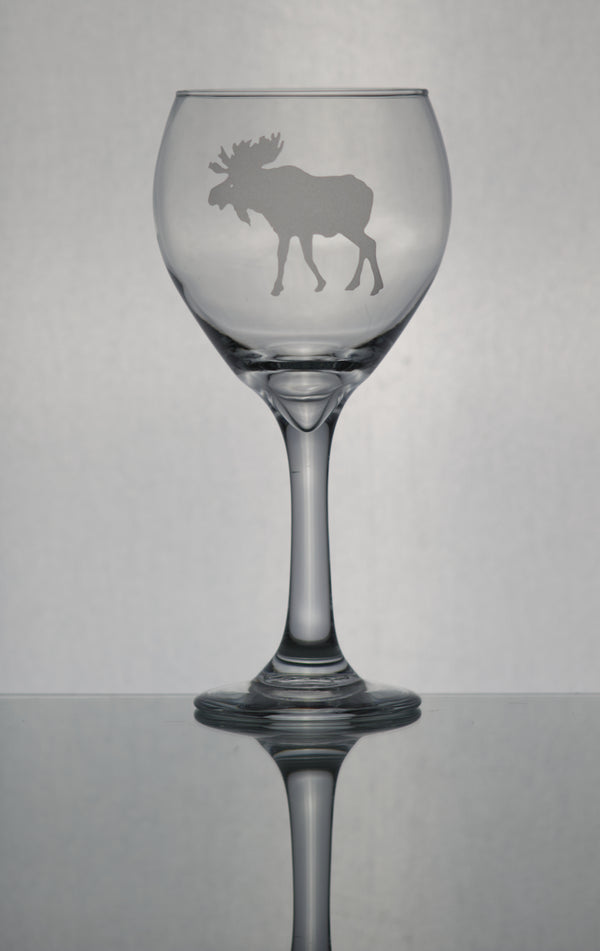 GL006M;  20oz Bulbous Red Wine w/Moose