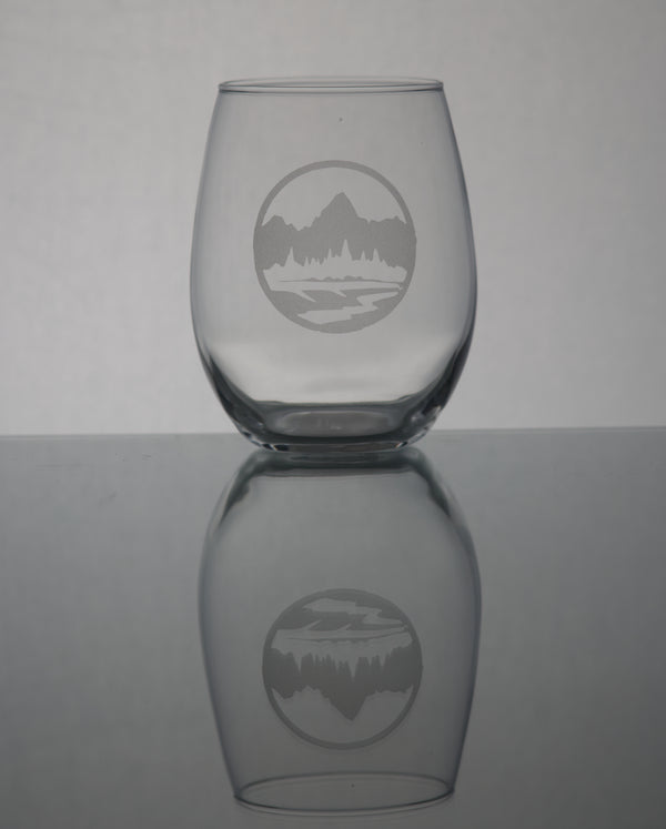 GL008T; 21oz Stemless Wine Glass w/Round Teton Emblem