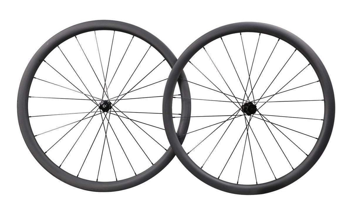 DT Aero 35 disc wheelset