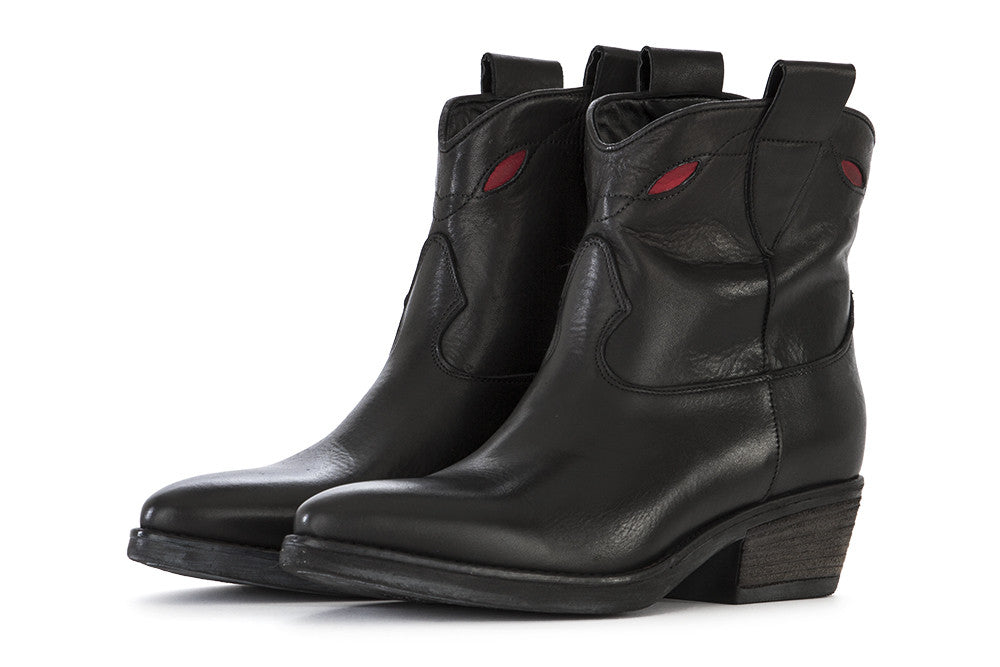 Poesie Veneziane black leather with red details cowboy boots