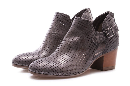 DEI COLLI womens perforated leather Pumps grey