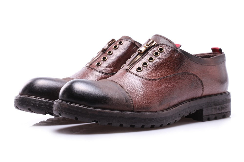 J.P. DAVID mens brown leather Oxford shoes