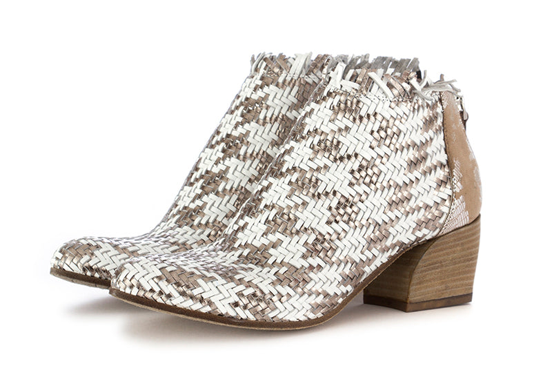 juice womens ankle boots woven leather white silver