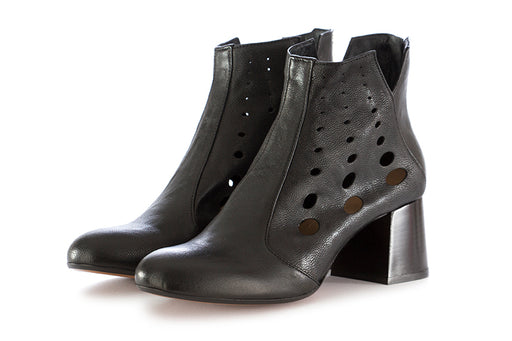 Salvador Ribes womens ankle boots leather black