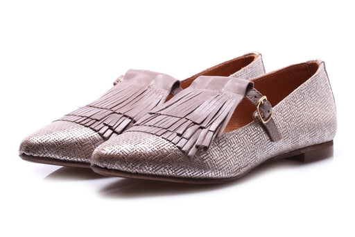 D+ womens platinum leather Flat shoes