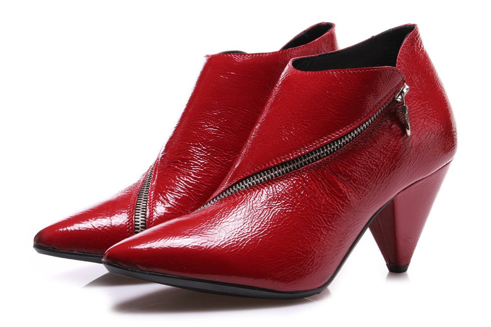 JUICE red lacquered leather Pointed toe ankle boots