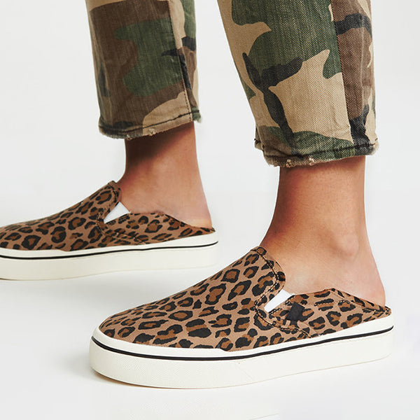 Remishoes Women's Leopard Blowfish Athletic Flat Heel canvas Sneakers