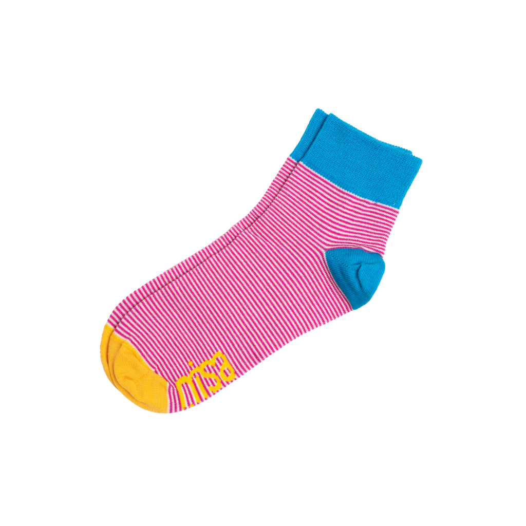NISA Thin Stripe Socks
