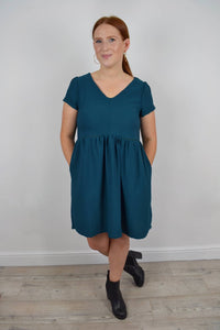 Nursing dress with a v neck and turned up sleeves Teal colour  Smock dress with pockets and invisible zips to allow breastfeeding Ethical fashion