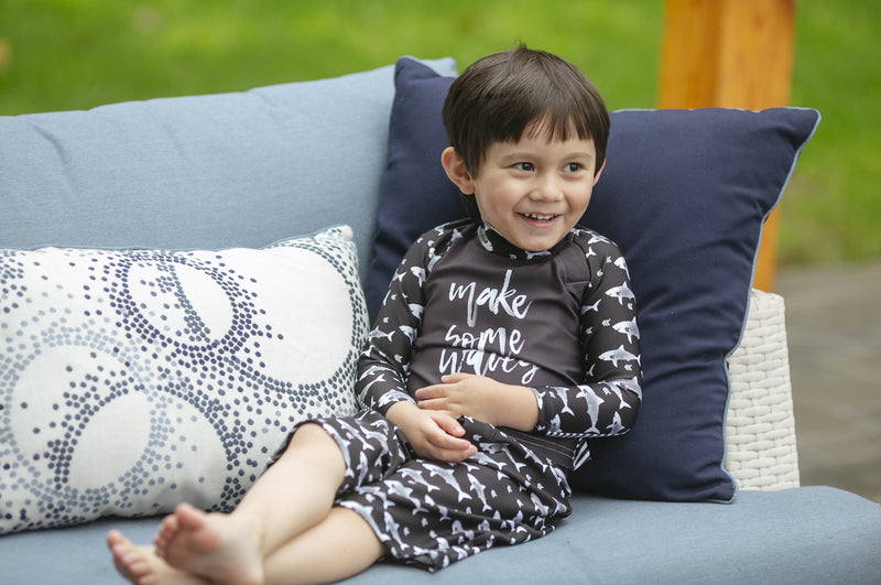 Little Kid Top - Black Stripes Print - UPF 50 4-way stretch fabric for Babies - Stonz
