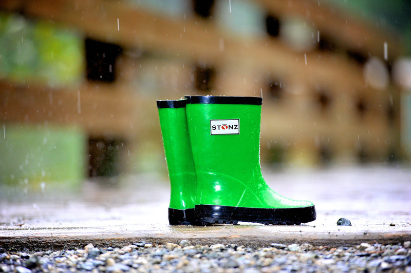 Fun Green Rain Boots - Waterproof Rubber Boots for Kids - Stonz