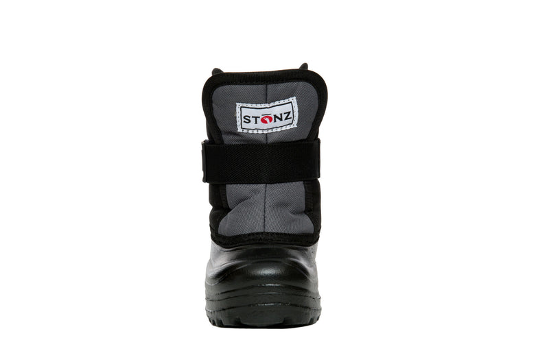 Grey and Black Scout - Front View - Weather-resistant Winter Boots for Kids - Stonz