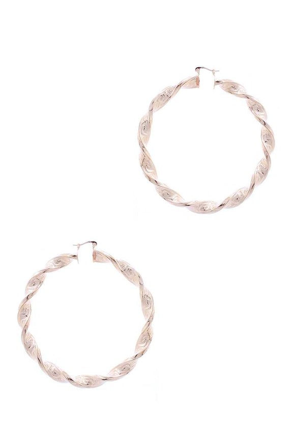Metal Twist Basic Hoop Earring