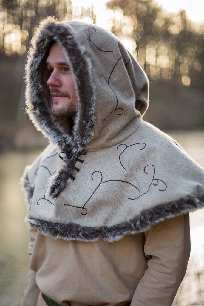 Elven Hood, Beige - Epic Armoury Unlimited
