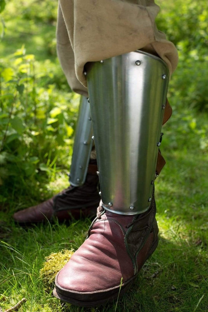 Warrior Greaves, Polished Steel