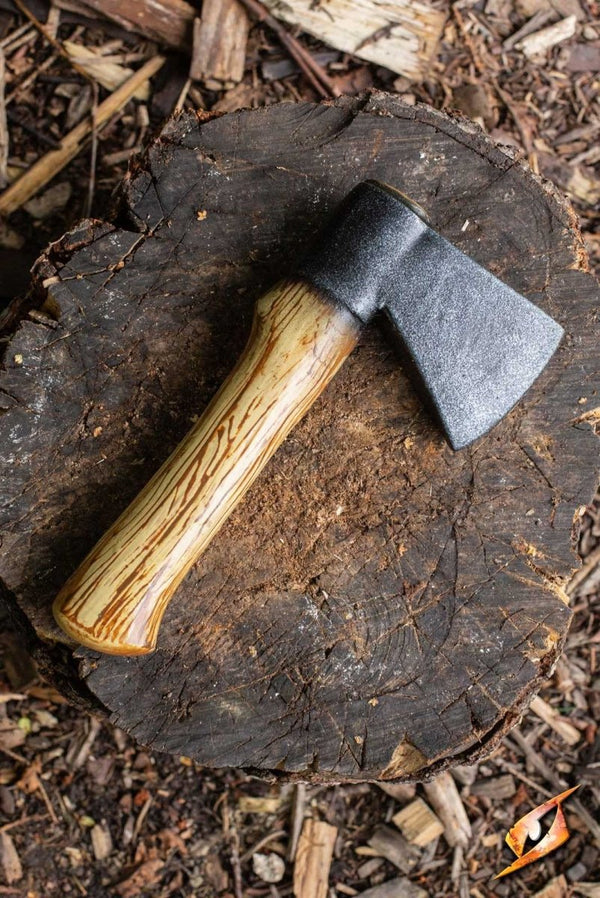 Woodsman Throwing Axe