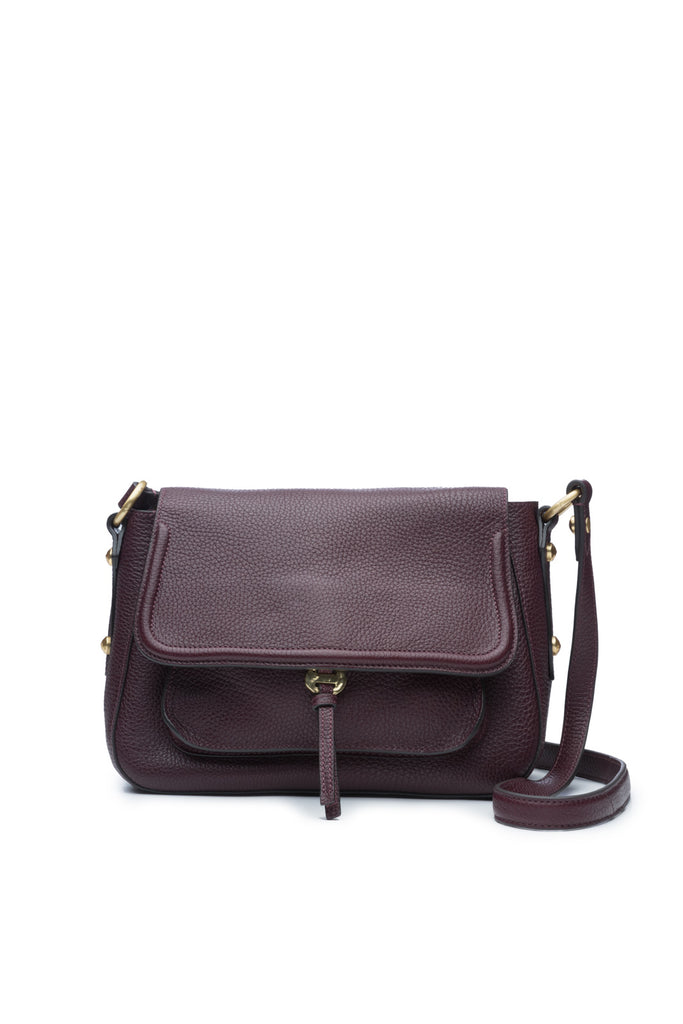 Cece Messenger in Bordo