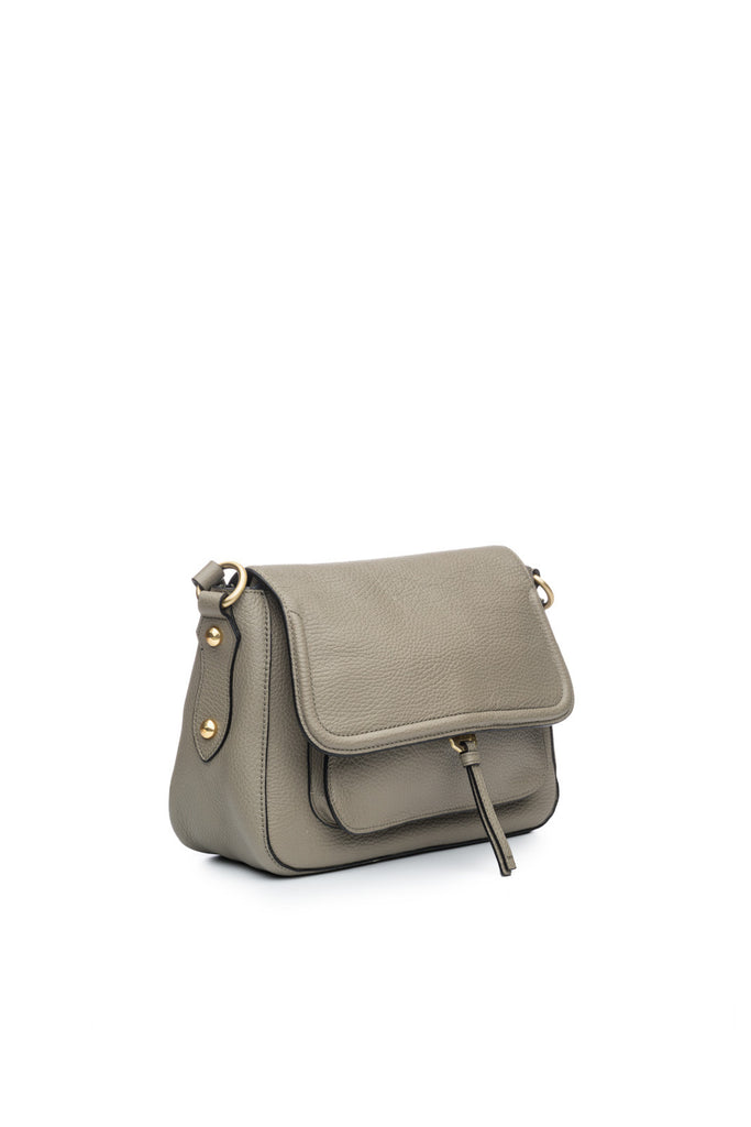 Cece Messenger in Silver