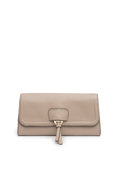 Collette Clutch in Pebble