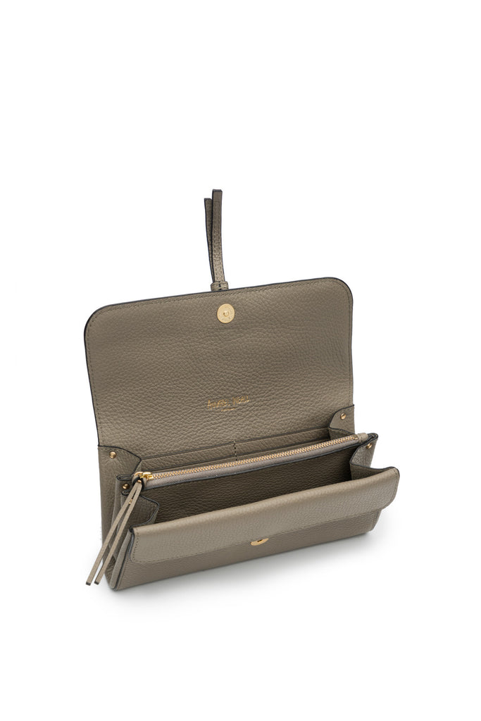 Collette Clutch in Putty