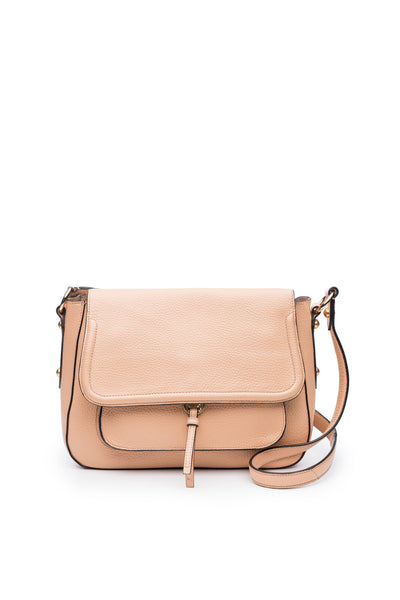 Cece Messenger in Nude