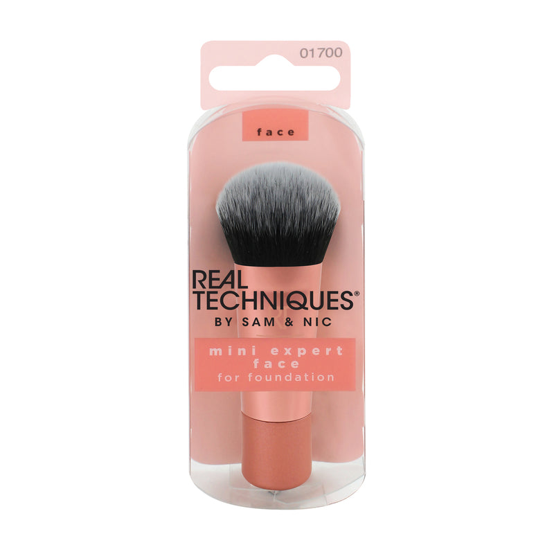 Real Techniques Mini Expert Face Brush