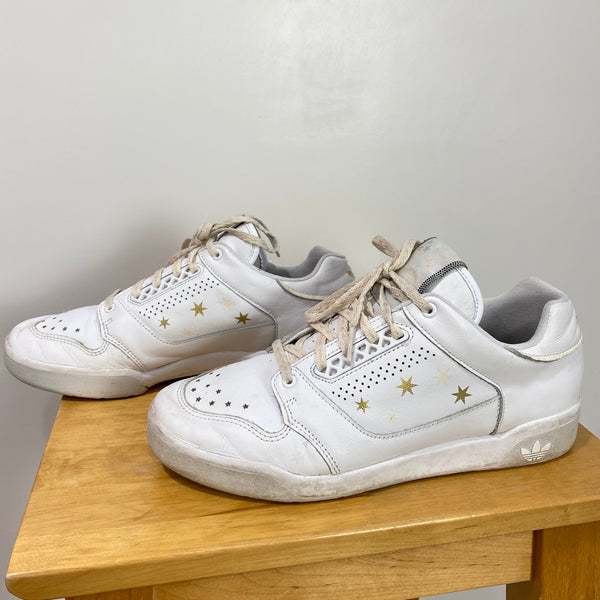 ADIDAS SlamCourt Size 9 Womens Athletic Sneakers White EF2085 Gold Stars Trend