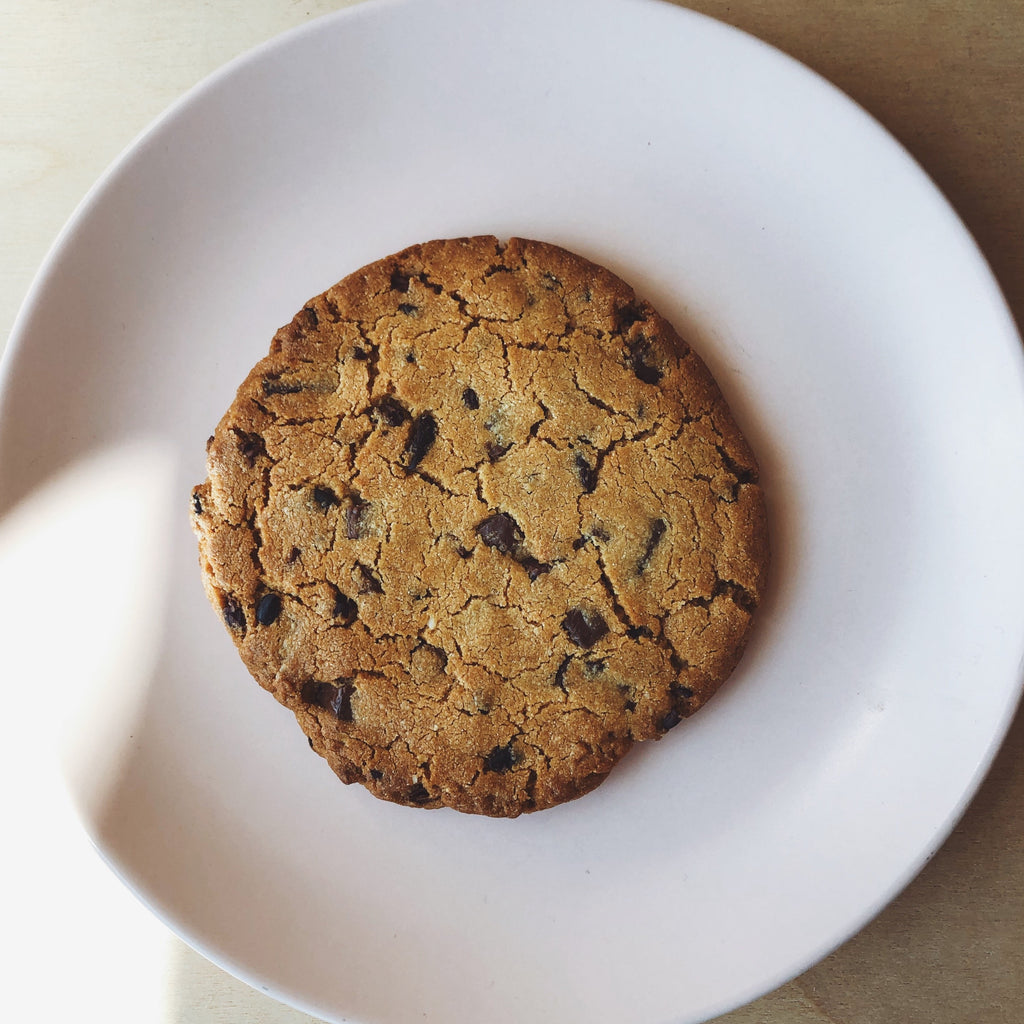Peanut Butter Milk Chocolate & Nibs Cookie