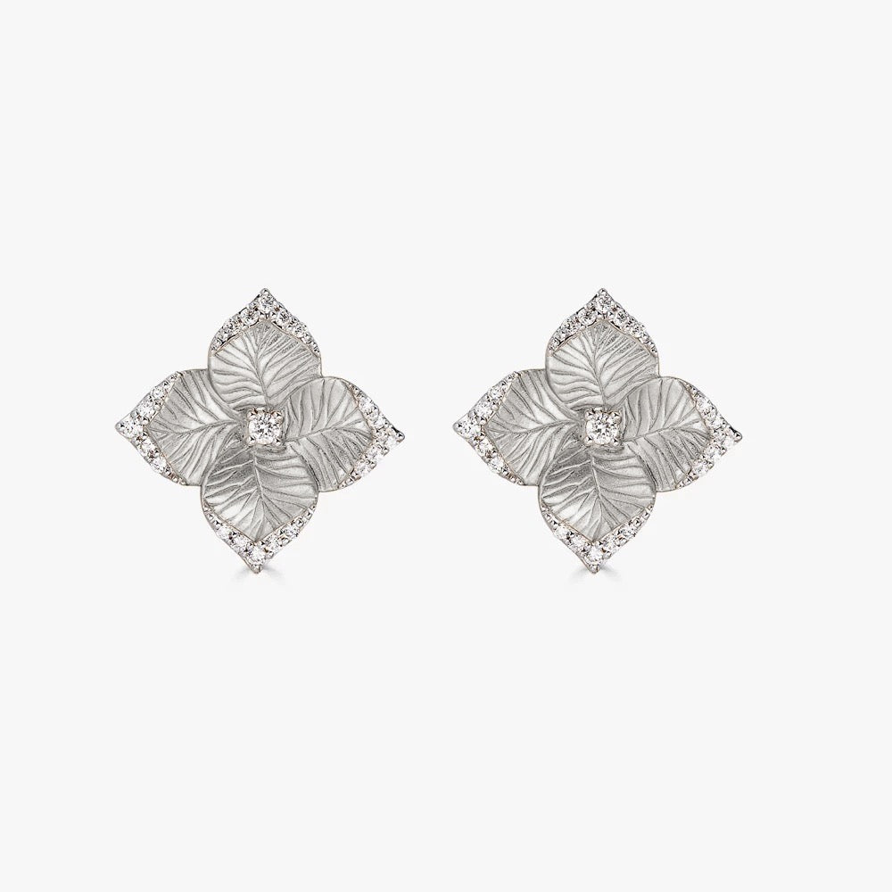 Oro Small Flower Earrings with Diamonds in 18K White Gold