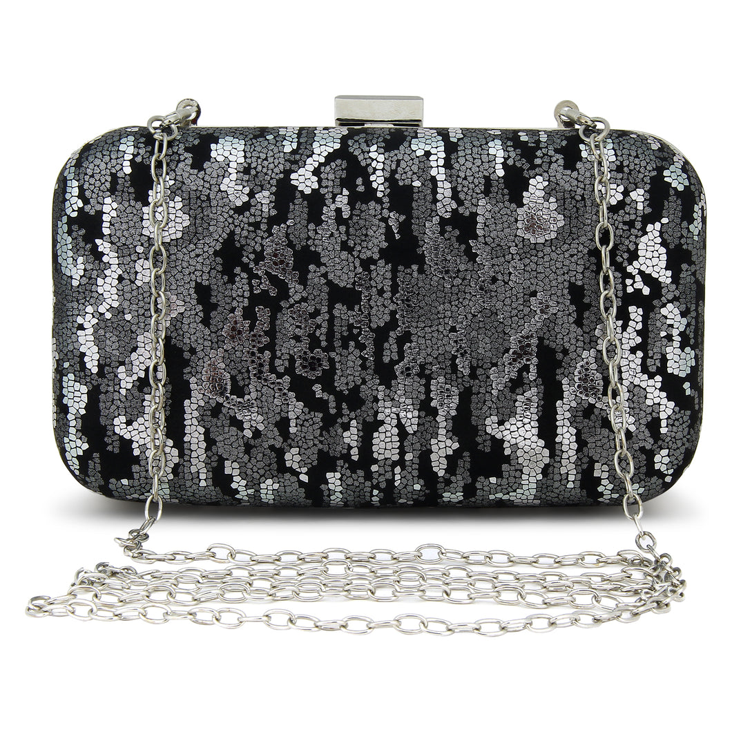 Leo Clutch in Black & Silver