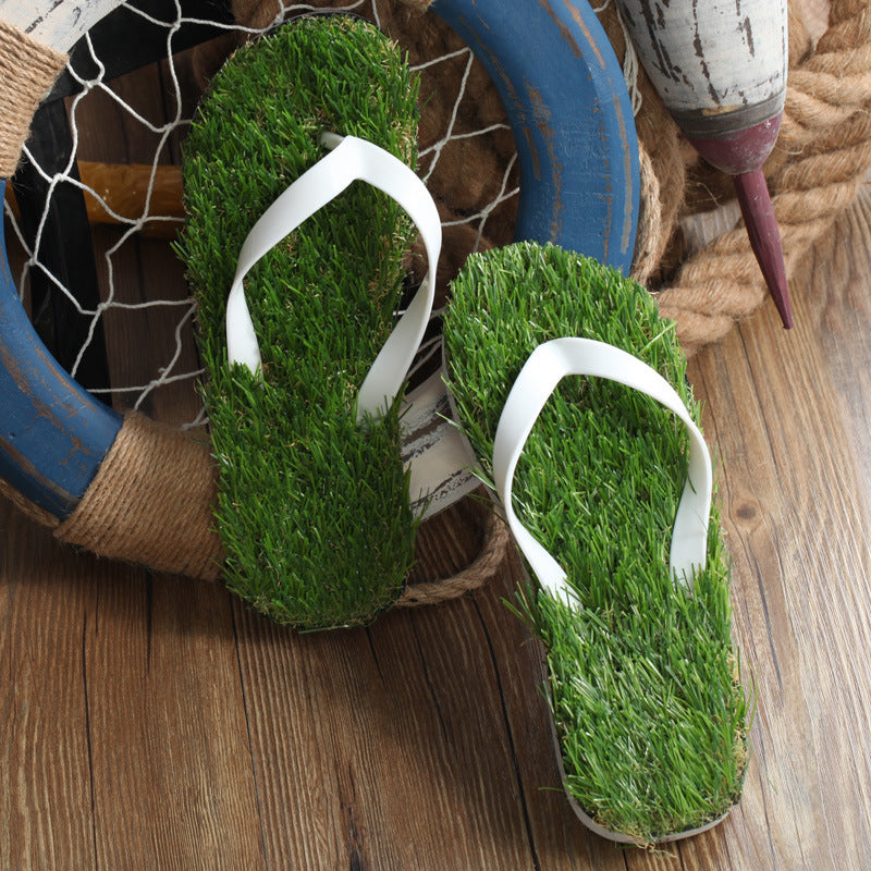 2019 Creative Couple Lawn Flip-Flops