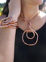 rose-gold-bendable-necklace
