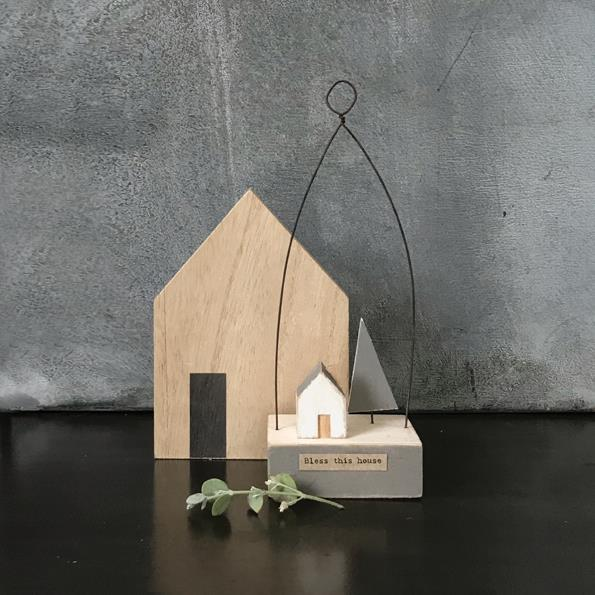 Bless This House Wooden Scene Decoration