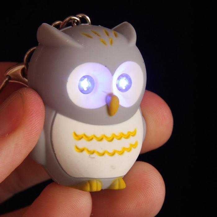 Light Up Hooting Owl Keyring