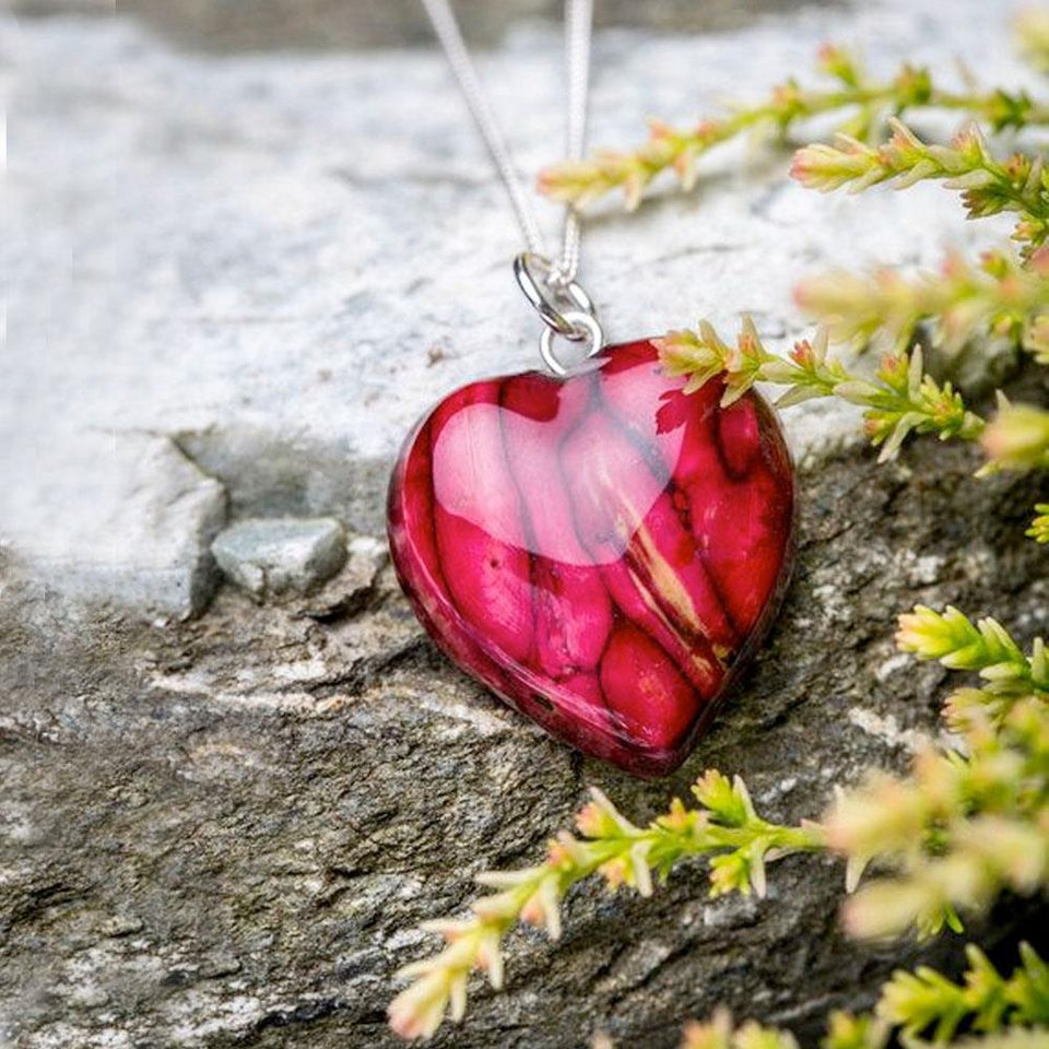 Round Heather Heart Pendant Necklace