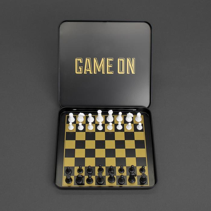 Iron & Glory Game On Chess Set