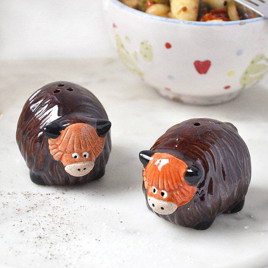 Highland Cow Ceramic Salt & Pepper Shaker Set