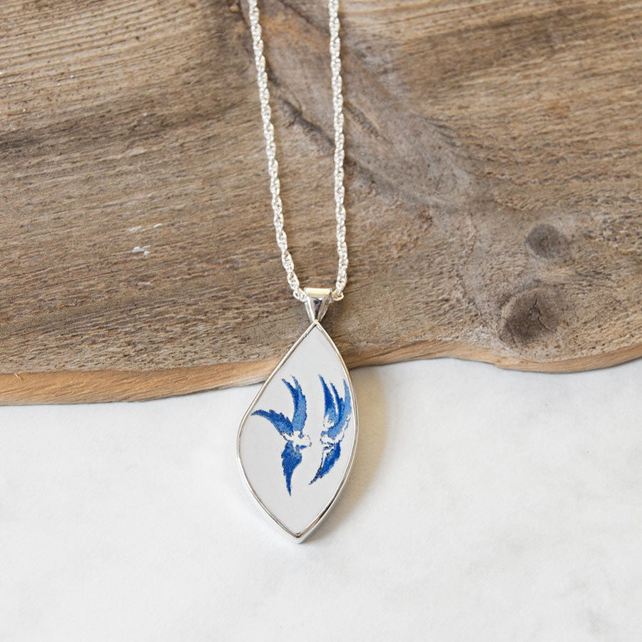 Vintage Porcelain Birds Pendant Necklace
