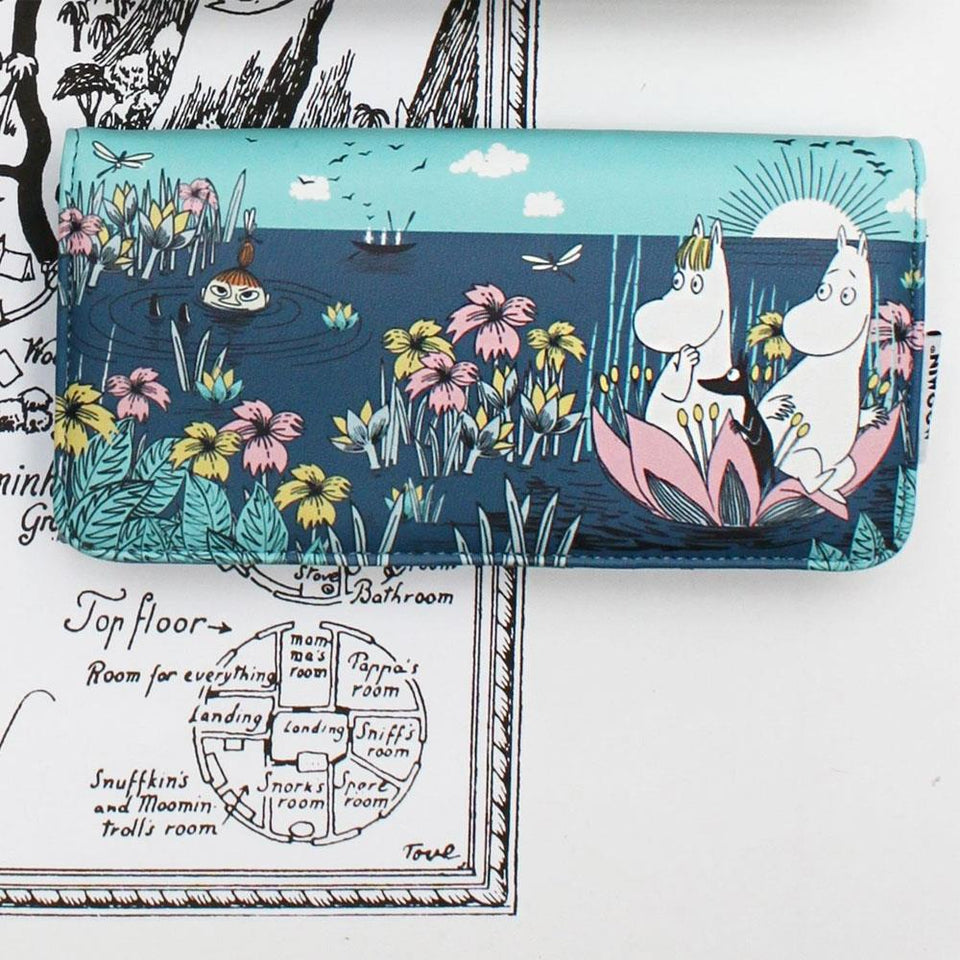 Moomin Lotus Print Long Wallet