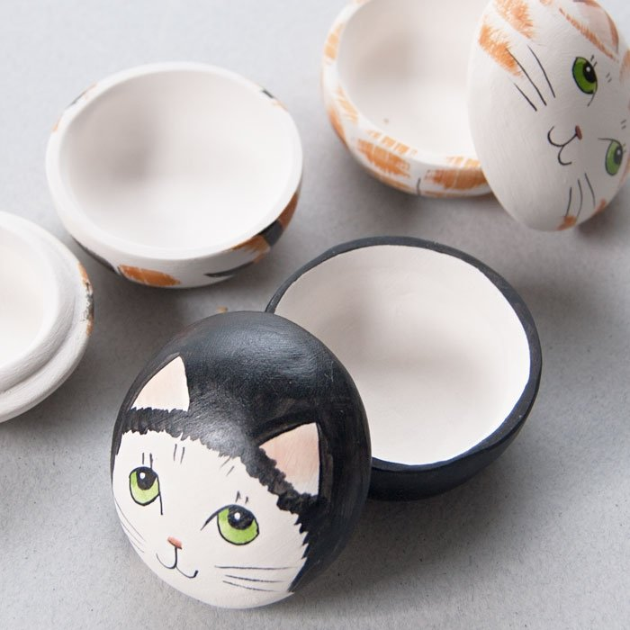 Small Ceramic Cat Pot