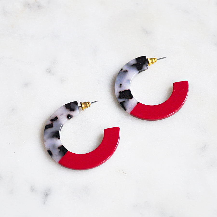 Red & Tortoiseshell Resin Hoop Stud Earrings