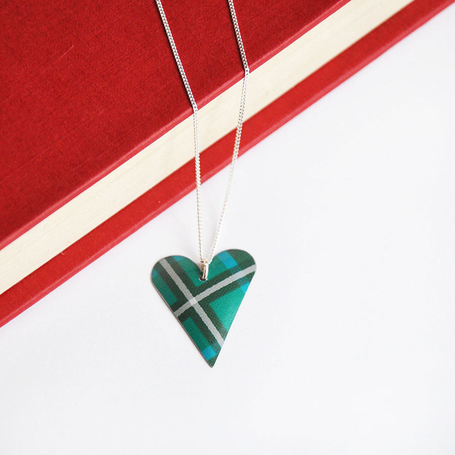 Green Tartan Slim Heart Pendant Necklace