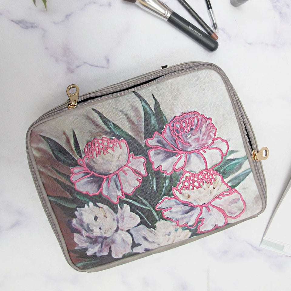 Framed Floral Washbag