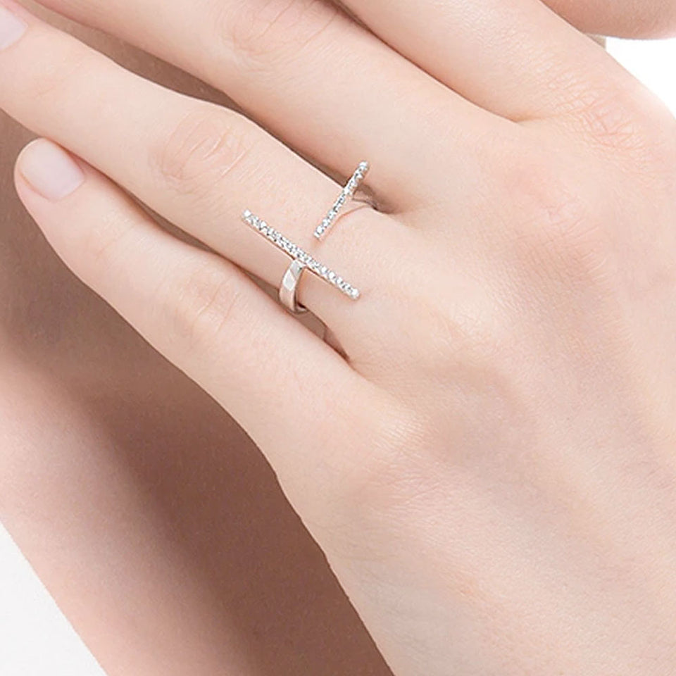 Two Directions Cubic Zirconia Bar Ring