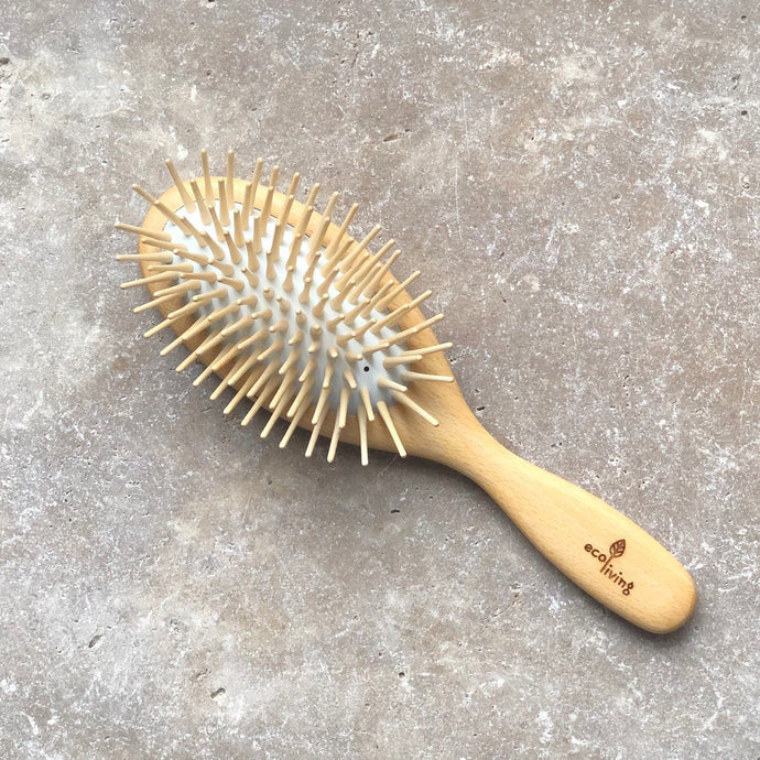 REVIEW: Wooden Hairbrush - Extra Long Pins