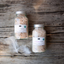 Load image into Gallery viewer, Bain & Savon Himalayan Bath Salts - Ylang & Rose
