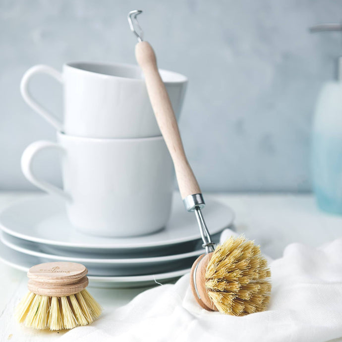 Wooden Washing Up Brush - Life Before Plastik