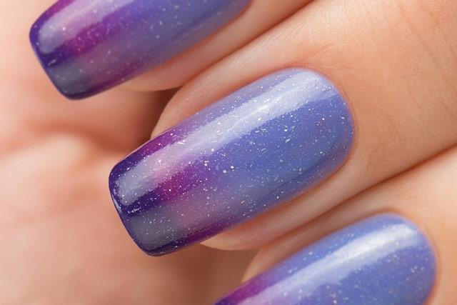 Lollipolish bow polish cornflower dark purple Temperature reactive thermal nail polish - Wind of Change
